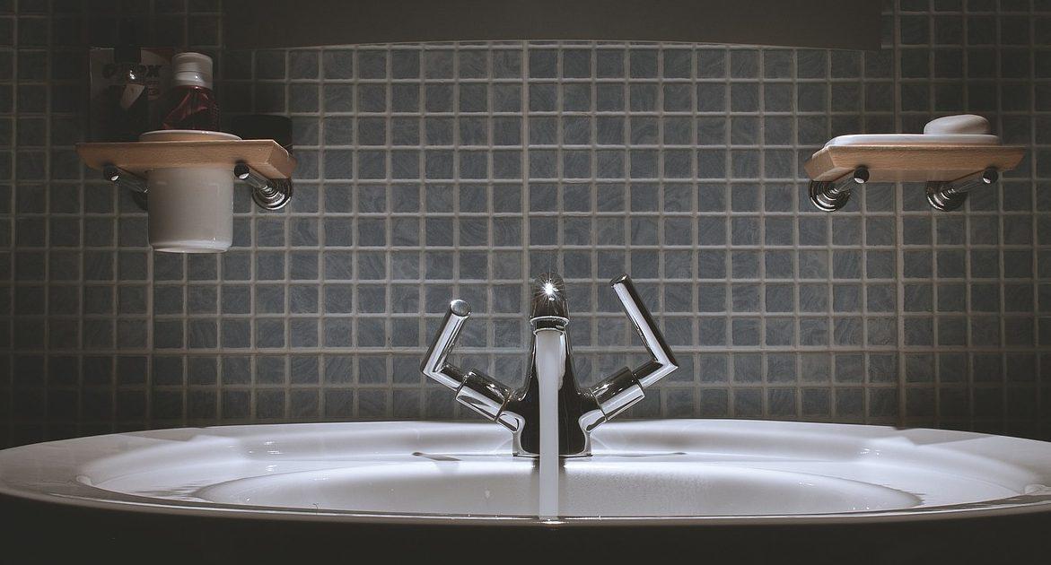 Come scegliere le piastrelle per il bagno idea ceramica