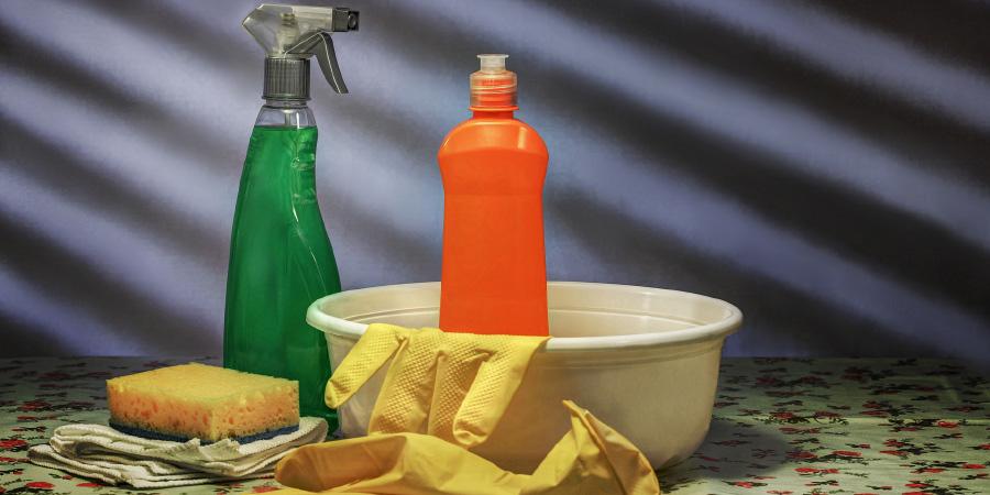 come-pulire-le-superfici-al-tempo-del-coronavirus